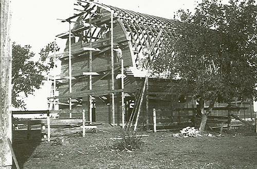 Barn-under-construction