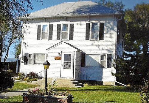 Hutchens-House-Present